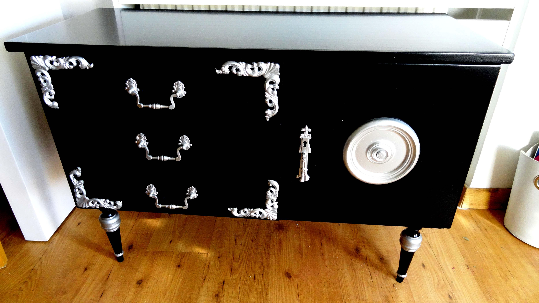 Plata Entre Mesillas # Muebles Restaurados En Blanco