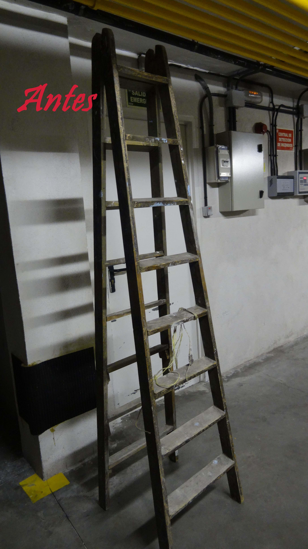categoras otros muebles restauracin tags barniz biblioteca decoupage escalera escalera de pintor estanteria hojas hojas secas enlace